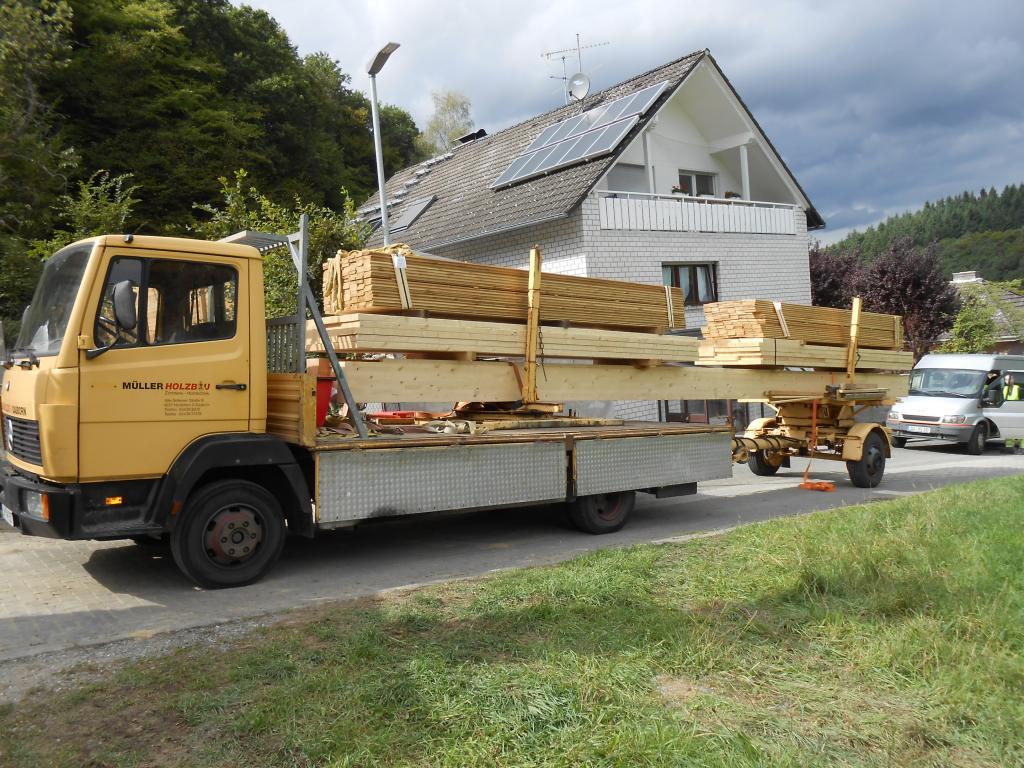 Holz kommt